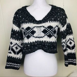 Free People cropped sweater large knit